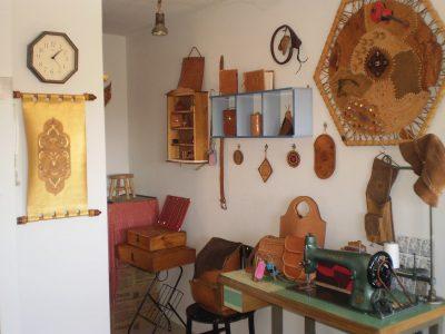 Clases de artesania del cuero y marroquinería